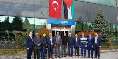 Dünya elektromekanik pazarının güçlü oyuncularından biri haline gelen Ulusoy Elektrik, Kudüs Elektrik İdaresi (Jerusalem District Electricity Co.) için üretilen ürünlerini Kudüs'e gönderiyor.