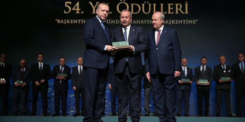 Ankara Sanayi Odası'nın 54. Yılında Ulusoy Elektrik'e İki Ödül